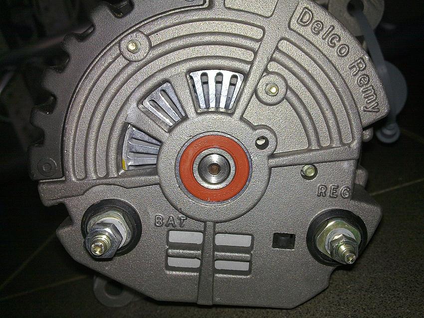 Außergewöhnlich Bosch Lichtmaschine 14V 65A als Generator - Mikrocontroller.net @TH_85