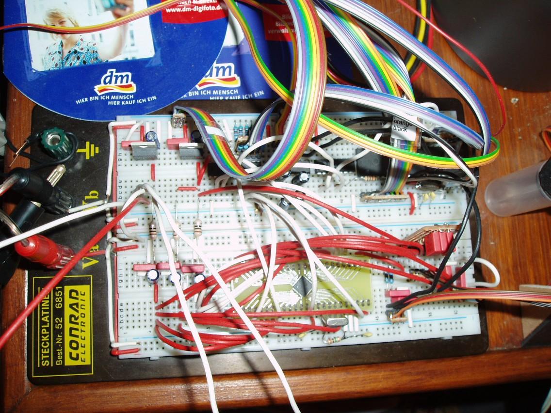 Hab mal ein Bild von meinem Testboard gemacht - Mikrocontroller.net