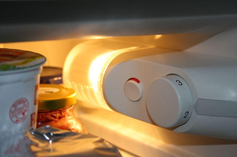 Siemens Kühlschrank Kippschalter : Bosch kühlschrank roter schalter kühlschrank piept woran kann s