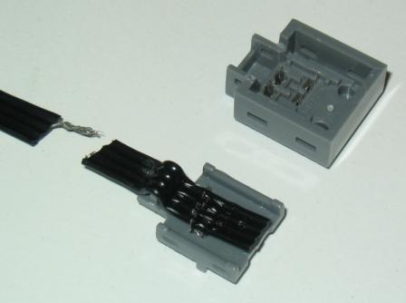 S] Flachbandkabel 4-polig / 1,5 mm Raster / AWG26 (19 x AWG38) für ...
