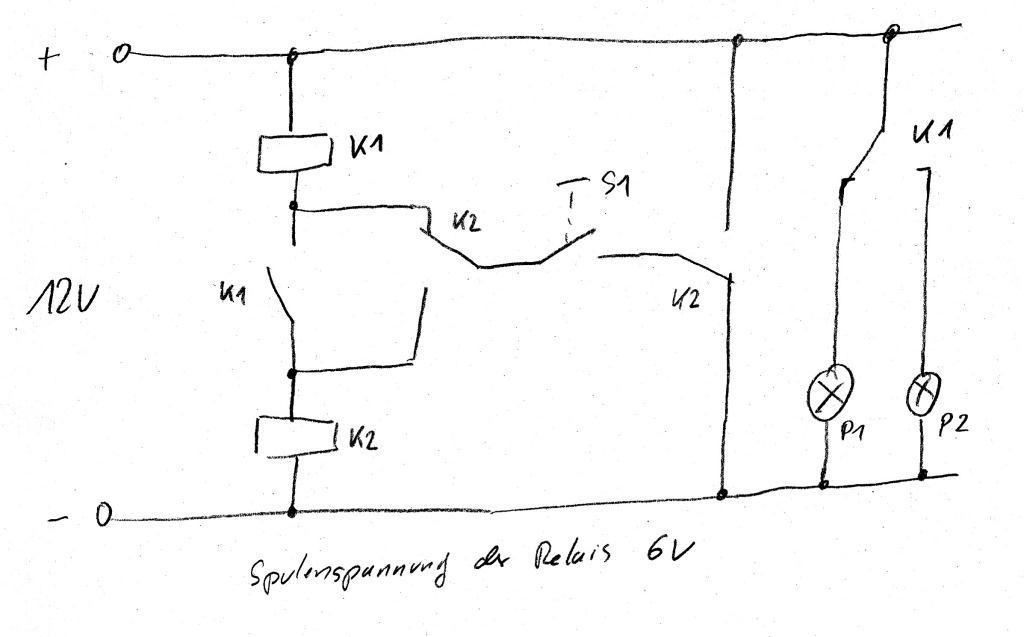 ein taster soll im zwei lampen im wechsel schalten. Black Bedroom Furniture Sets. Home Design Ideas