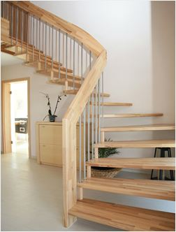 treppe innen 11 zweil ufige holmtreppe mit zwischenpodest treppe pictures to pin on pinterest. Black Bedroom Furniture Sets. Home Design Ideas