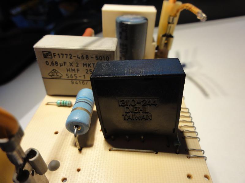Backofen-Uhr Platine mit <50V betreiben - Mikrocontroller.net