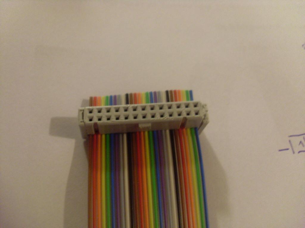 Flachbandkabel mit Buchse verbinden - Mikrocontroller.net