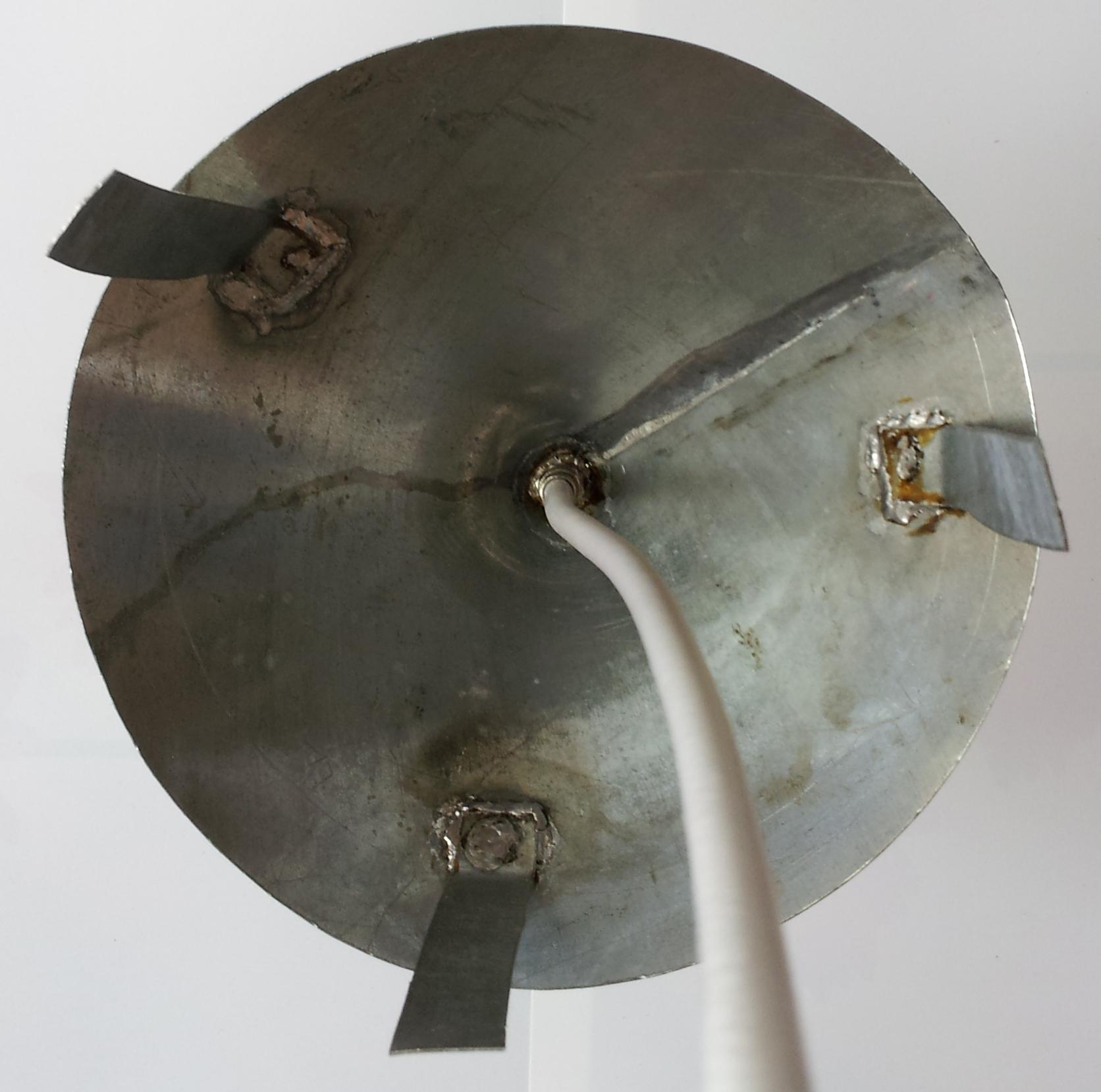 Groundplane-Antenne auf Dachlüfterhaube - Mikrocontroller.net