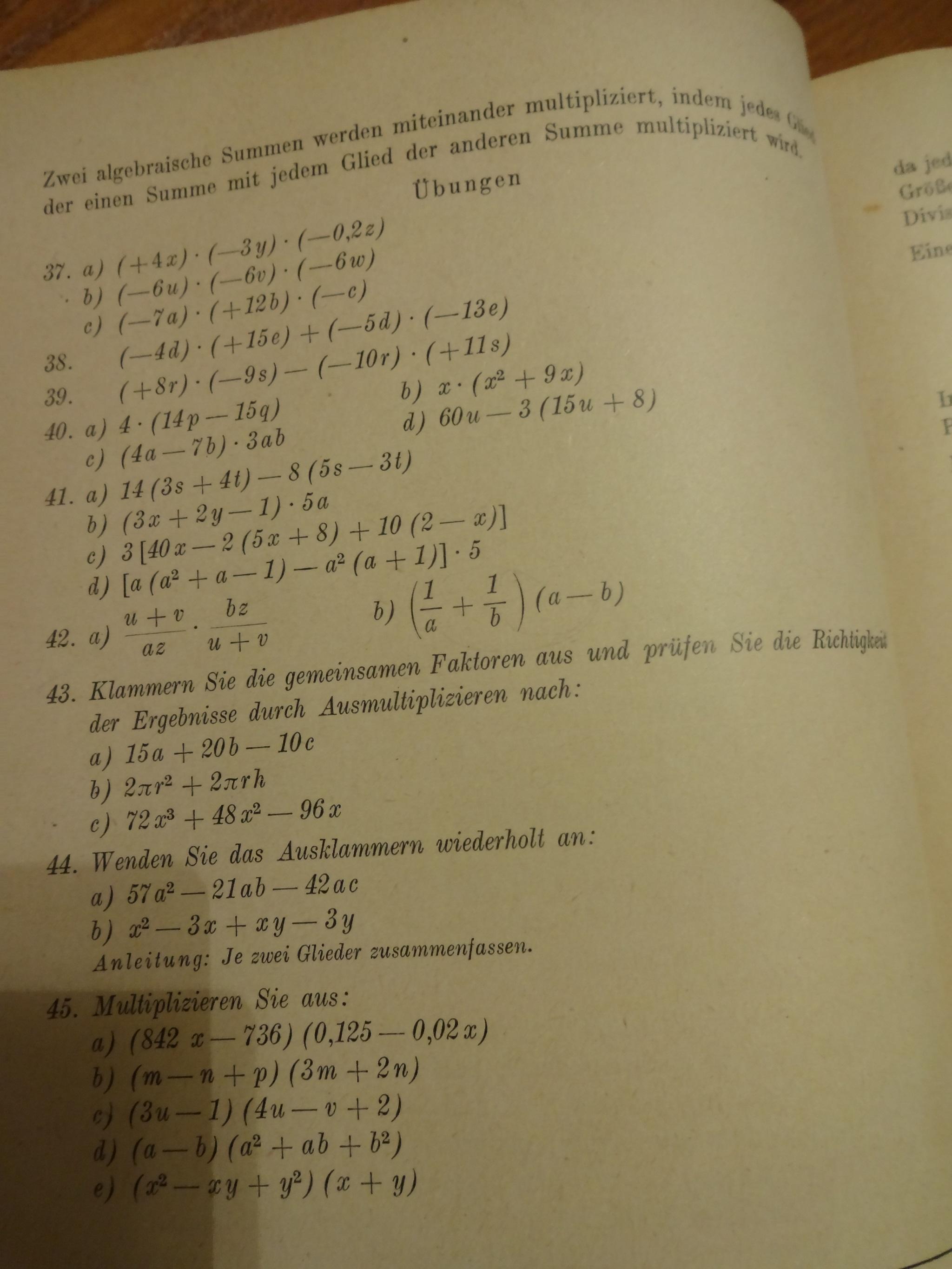 Berühmt Subtraktionseinheit Zugabe Und Multiplizieren Einer Tabelle ...