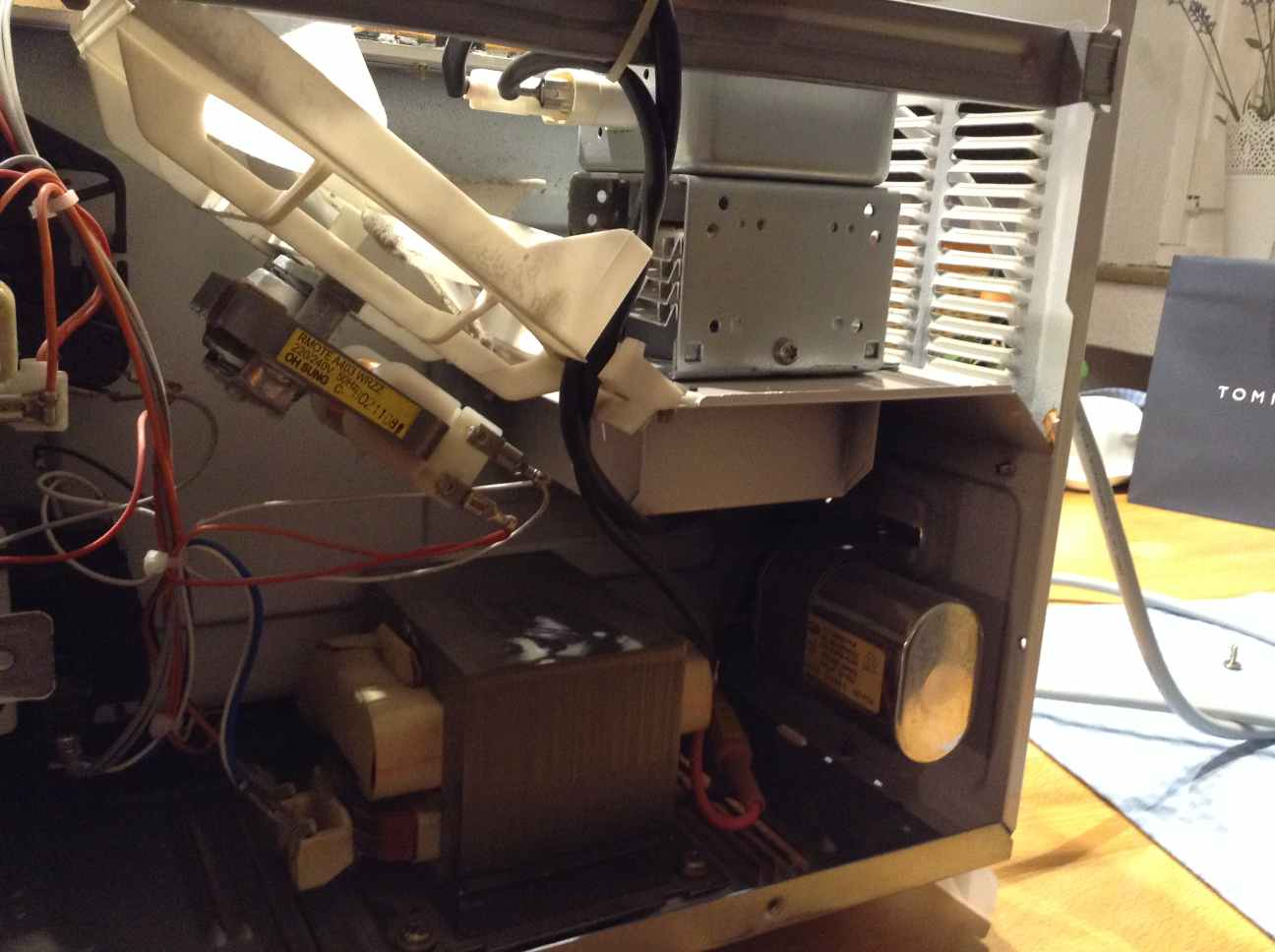 Mikrowelle defekt kalt