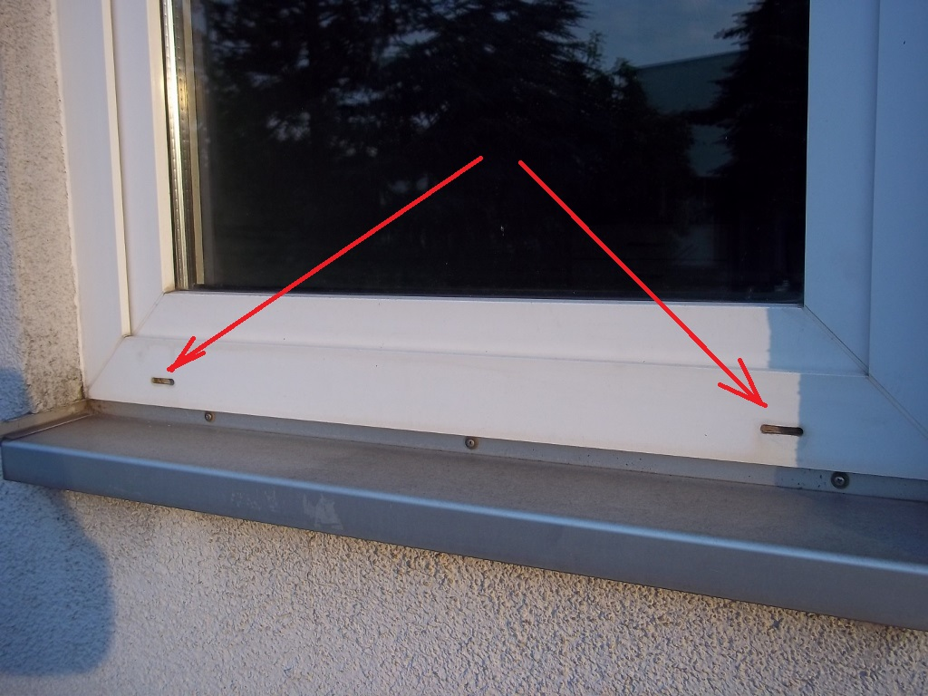 Hervorragend Irgendwelche Nester im Fensterrahmen - Mikrocontroller.net DE77