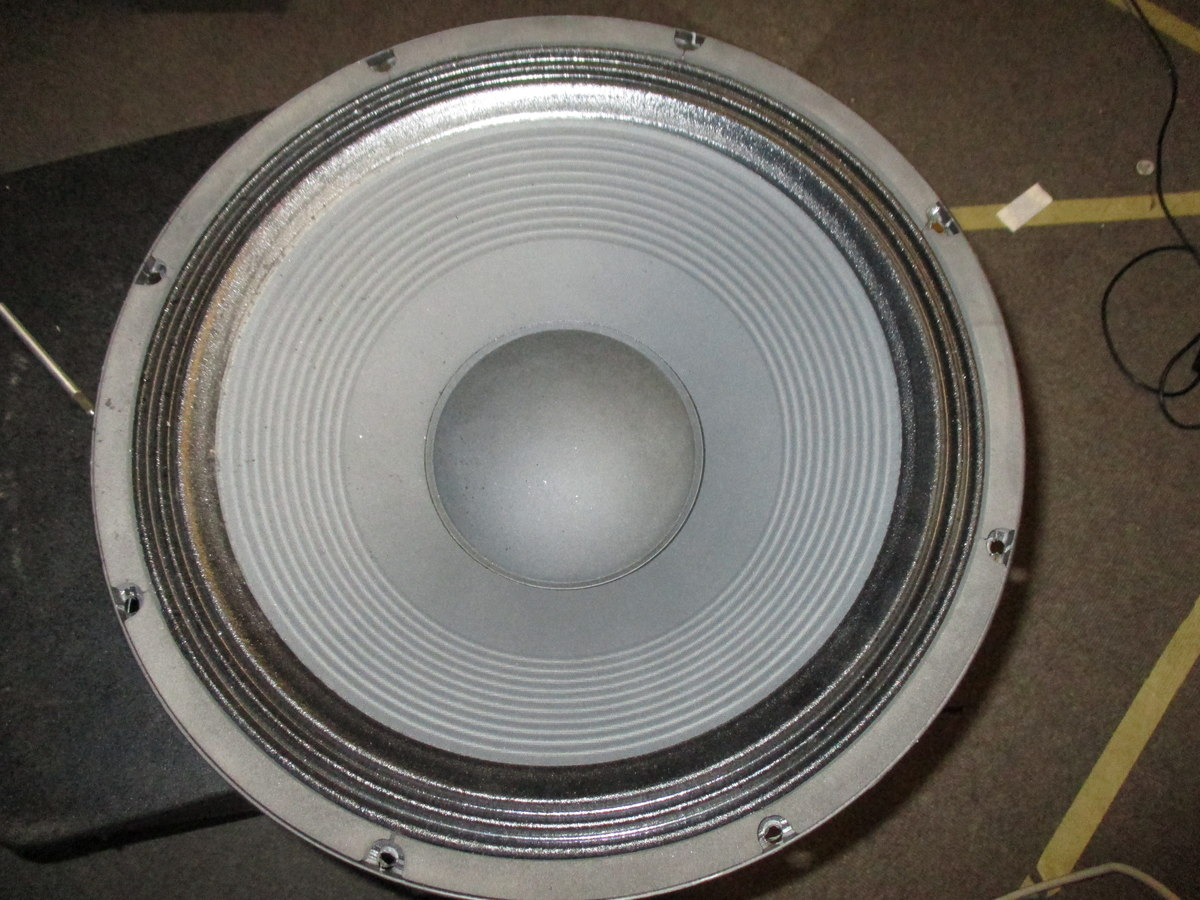 Lautsprecher Schwingspule defekt? - Mikrocontroller.net