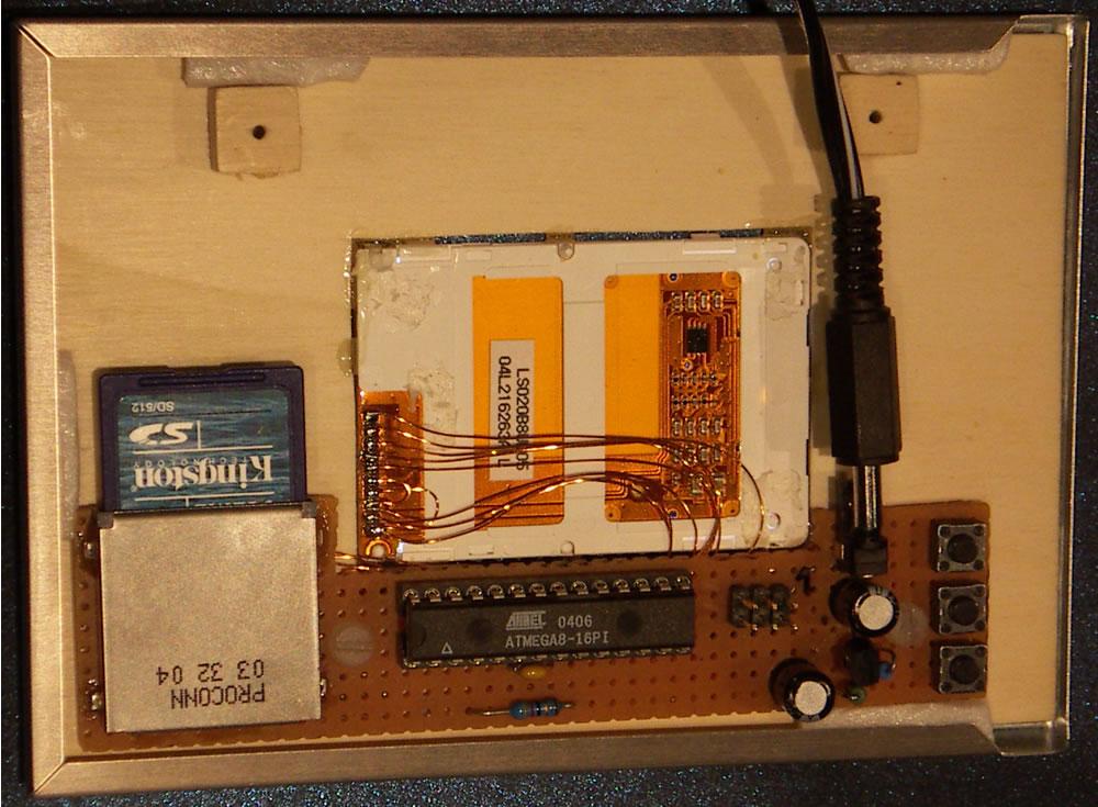 Digitaler Bilderrahmen mit mega8 S65 Display und SD-Karte ...