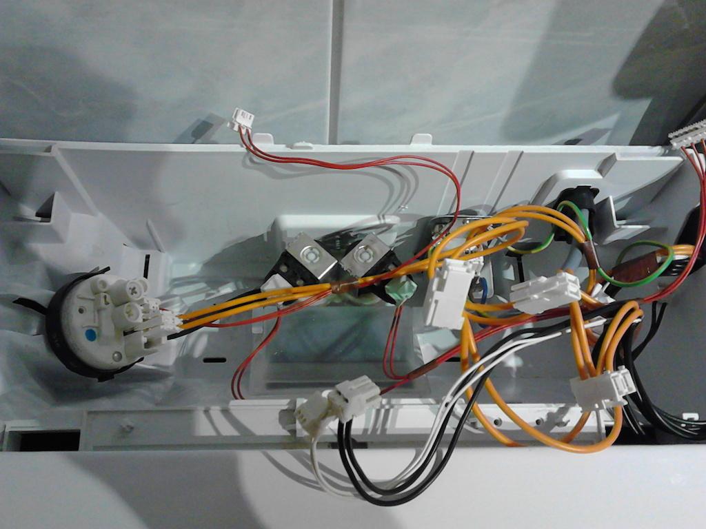 schaltnetzteil defekt w schetrockner aeg electrolux. Black Bedroom Furniture Sets. Home Design Ideas