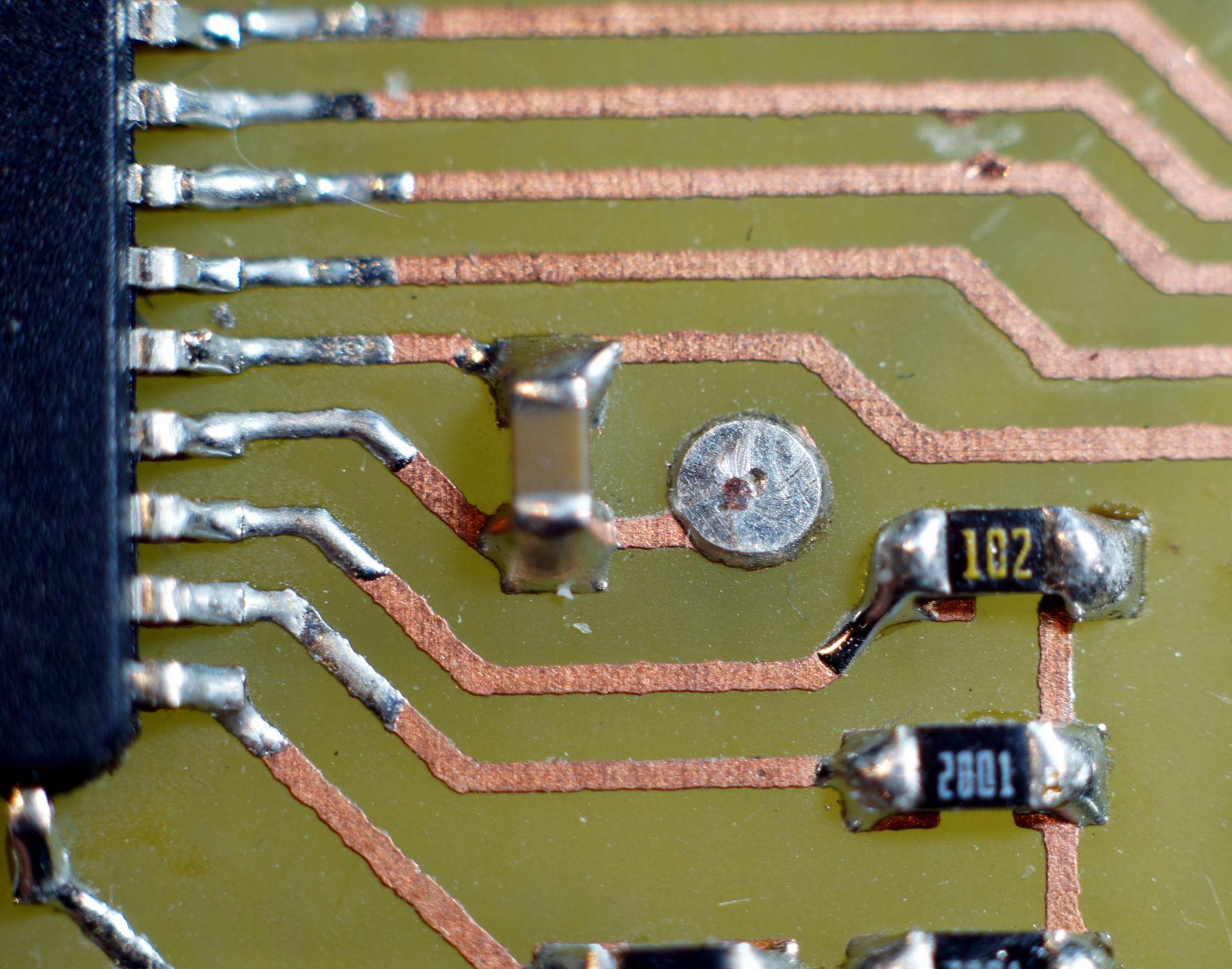 Durchkontaktierung mit Draht - Mikrocontroller.net