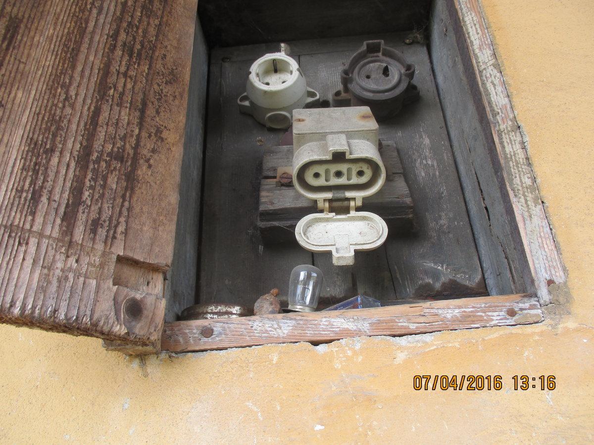 Elektroinstallation im Altbau, Kabelfarben - Mikrocontroller.net