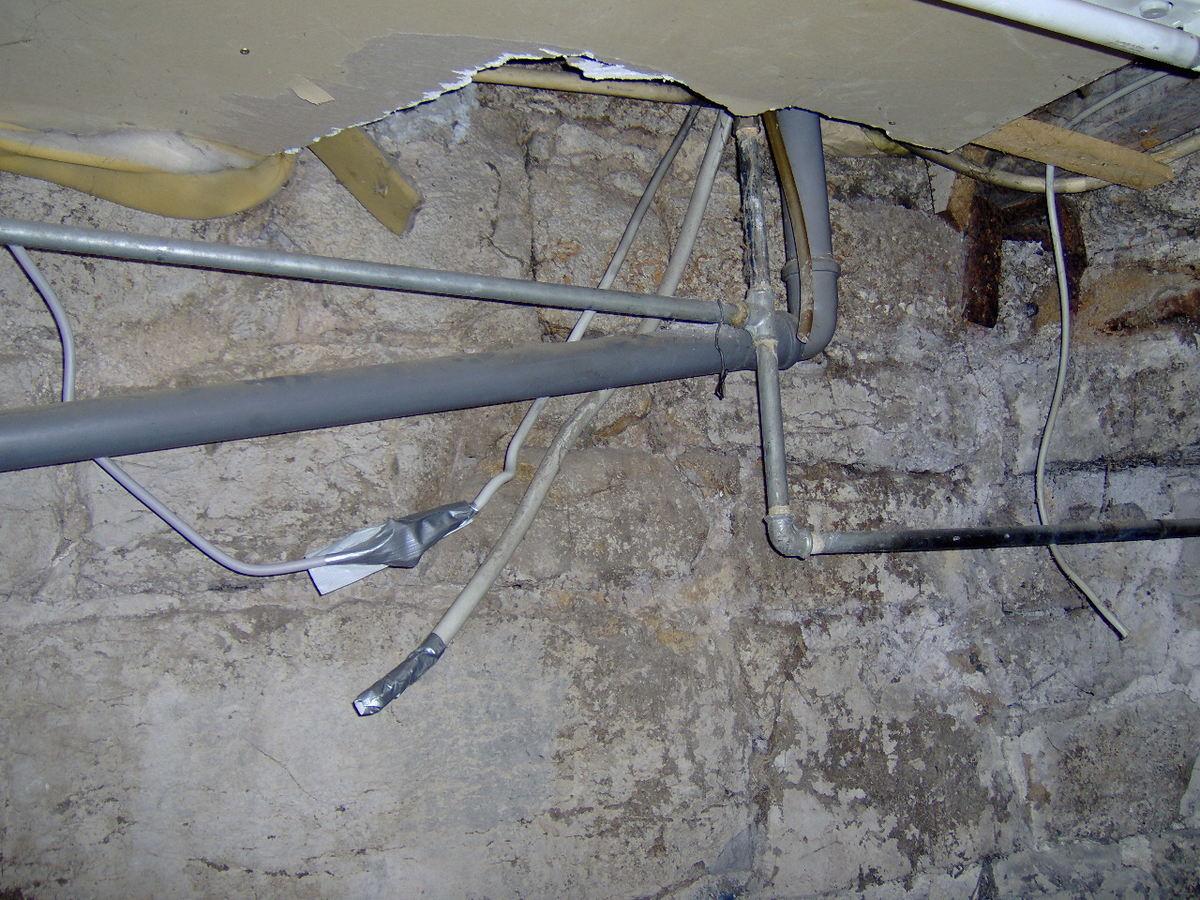 Sind heimlich geschaltete Steckdosen in Altbauten häufig ...