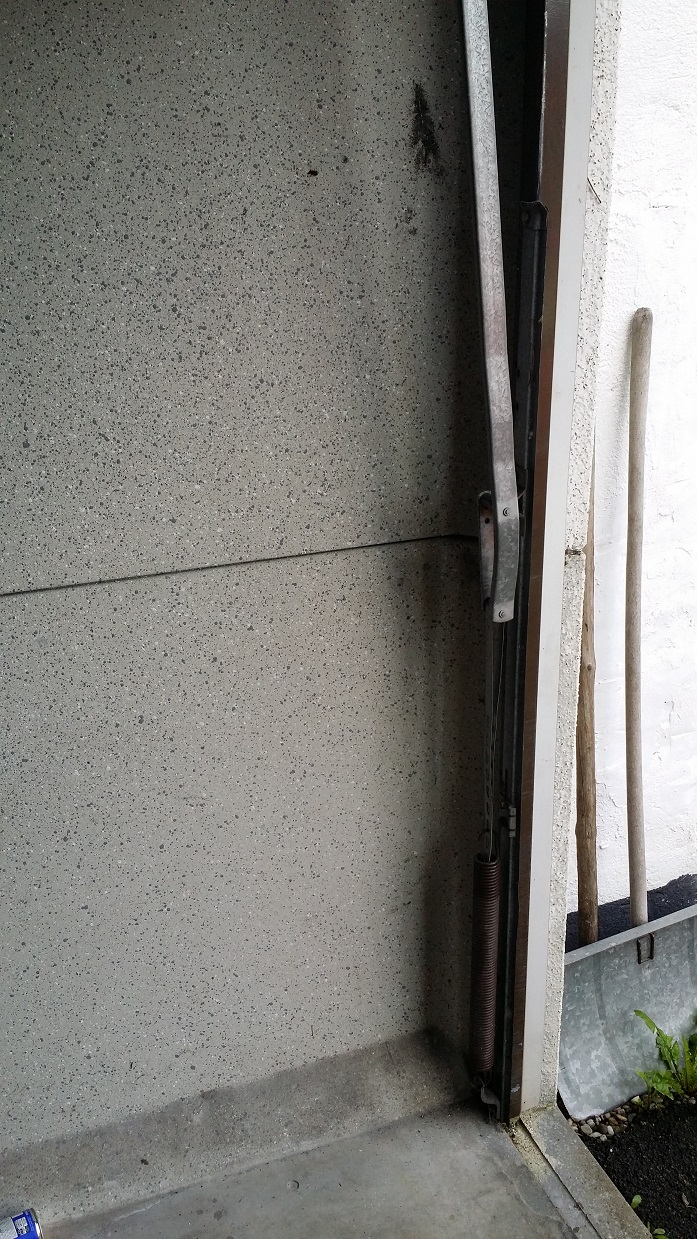 Fertiggarage beton roh  Garage umsetzen - Mikrocontroller.net