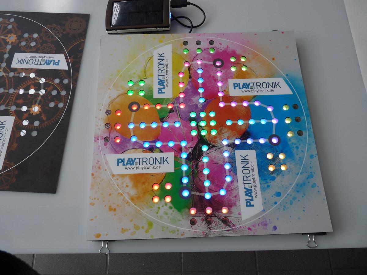 Gefräste Platine rationell mit LED \'s bestücken - Mikrocontroller.net