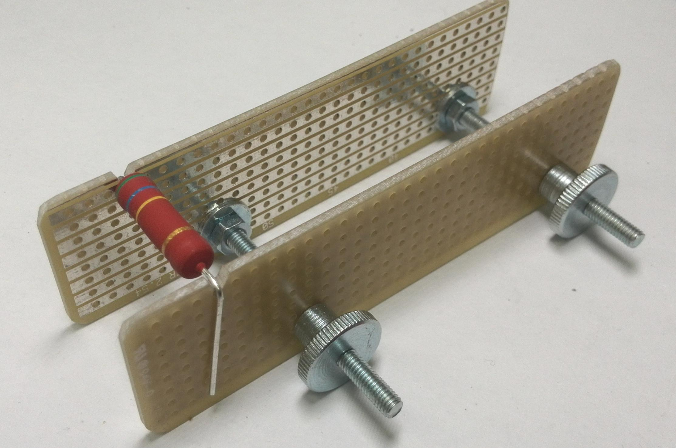 Bauteilbiegeleiste selbst gebaut Mikrocontroller