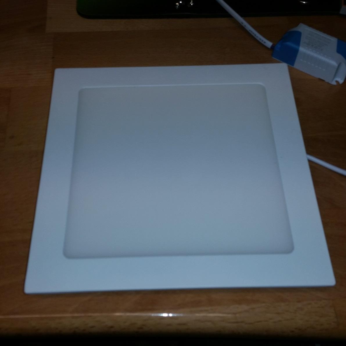 Beleuchtung fürs Wohnzimmer, günstige 18W LED Lampe \