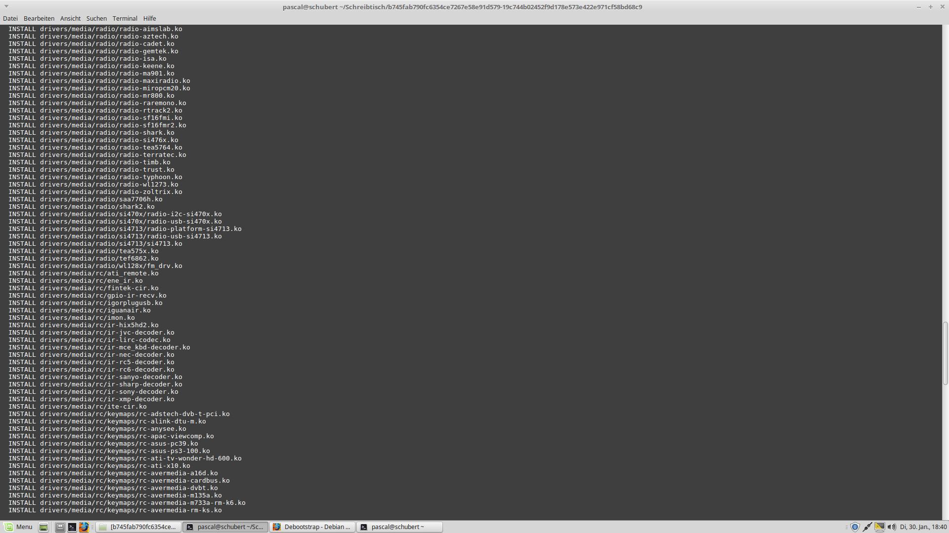 Betriebssystem auf Grundlage des Linux-Kernels selbst schreiben