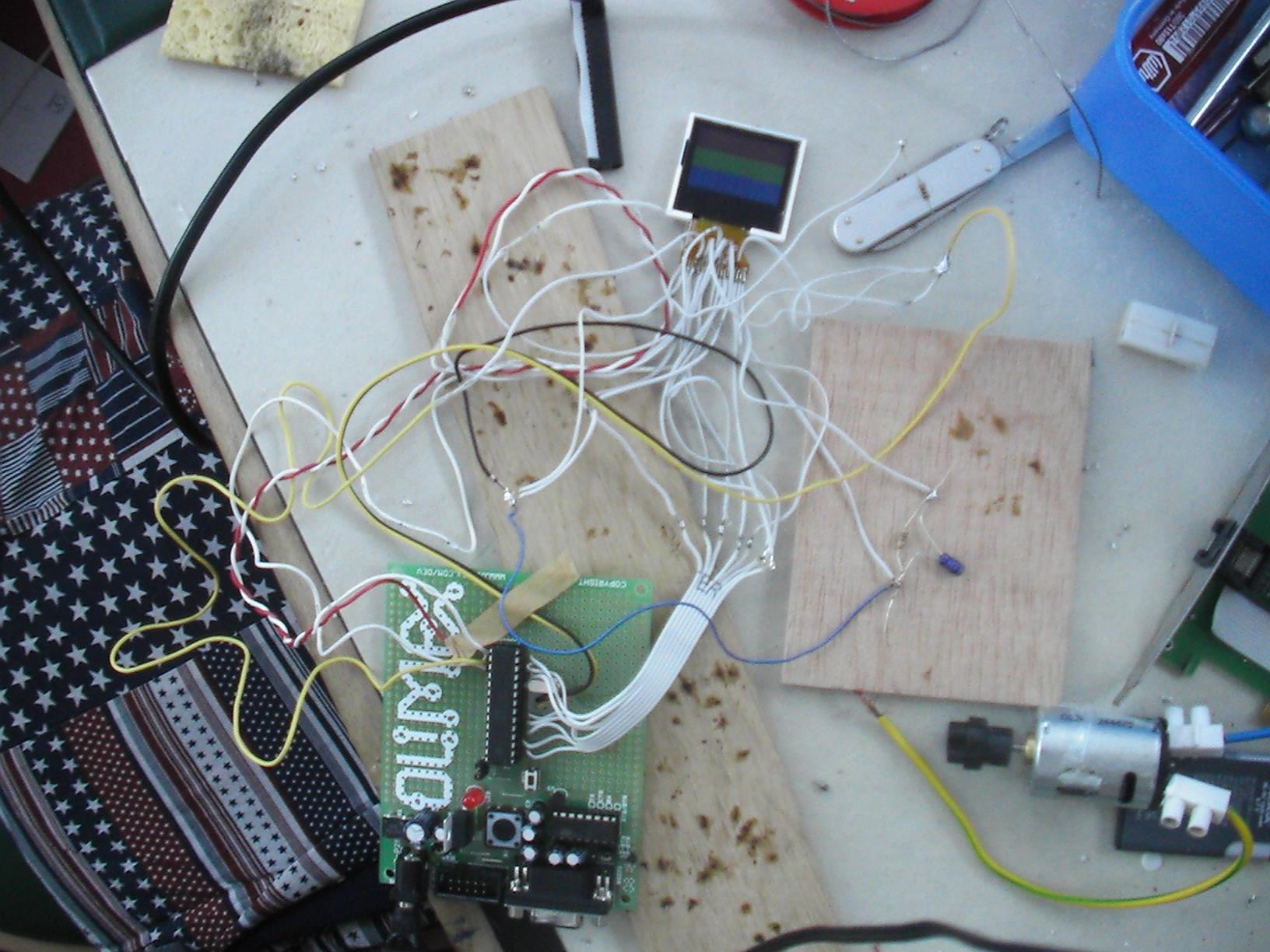 Mini-Farbdisplay (+mehr) für 1 Euro - Mikrocontroller.net