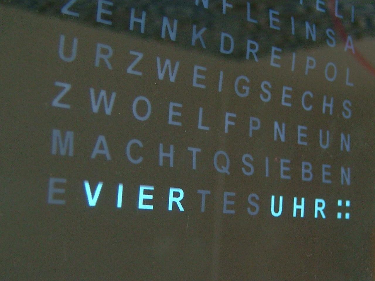 24-Kanal Zeitschaltuhr für LED`s - Mikrocontroller.net