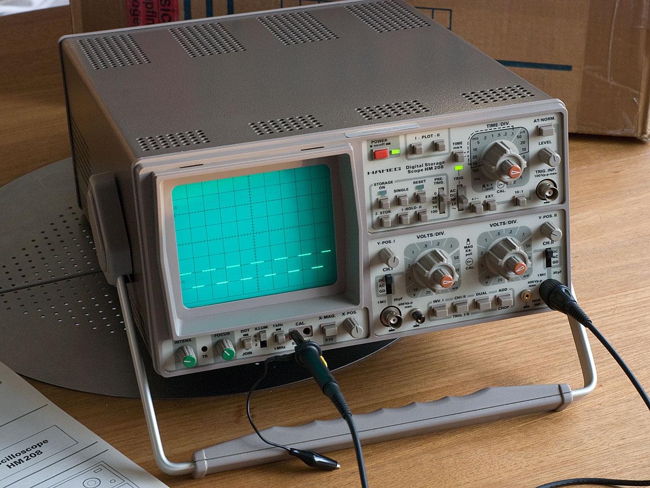 V] Oszilloskop Hameg 208 - Mikrocontroller.net