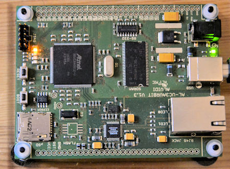 µC-Board Alvidi mit AT32UC3A0512 Controller